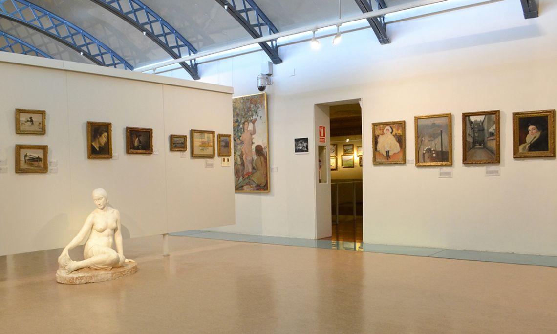 Salle accueillant les œuvres de la période moderniste.