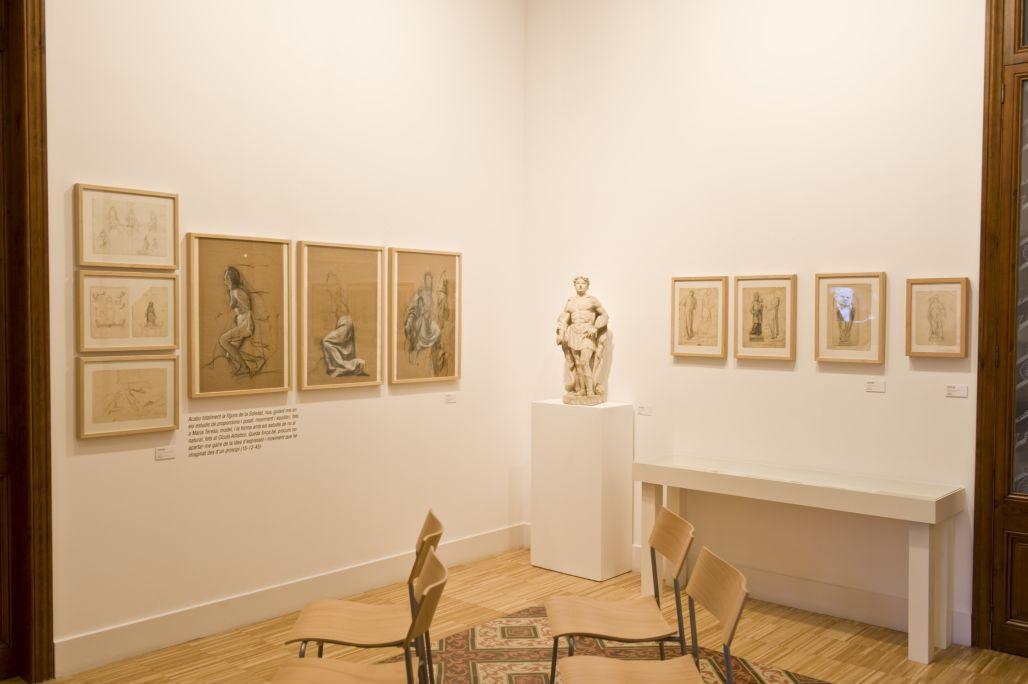 Temporary exhibition in the dining room Jordi Arenas. El Baptisteri de Sant Josep i els primers encàrrecs d'escultura religiosa(2010) Photo: Sergio Ruiz. Museu de Mataró