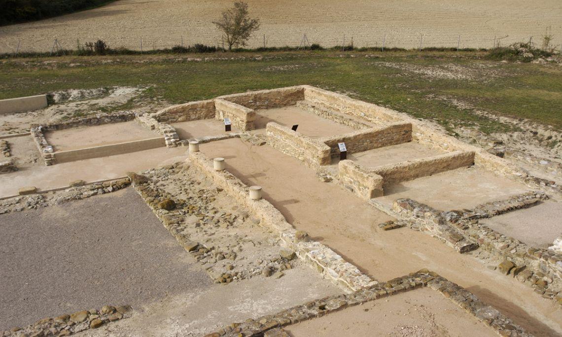 Vista parcial de la vil·la romana de Vilauba