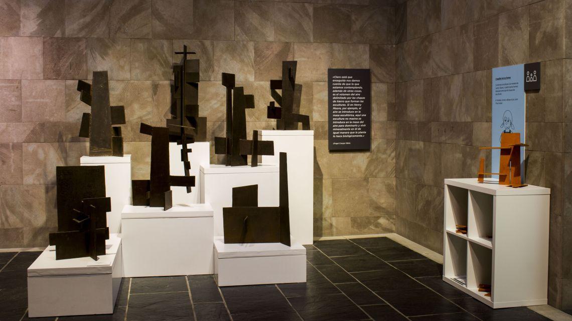Gallery dedicated to post-war artists. Photo: Blai Farran.