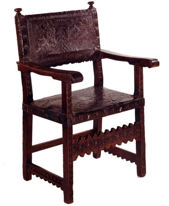 Cadira de braços, primera meitat del segle XVII, noguera i cuir repujat, 105 × 70 × 46 cm, Espanya