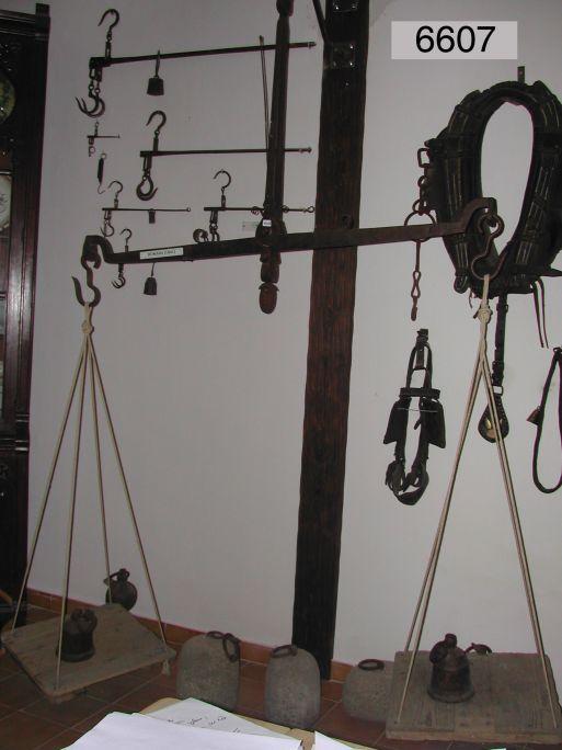 Balança del segle XIX que va arribar al museu com a donació familiar