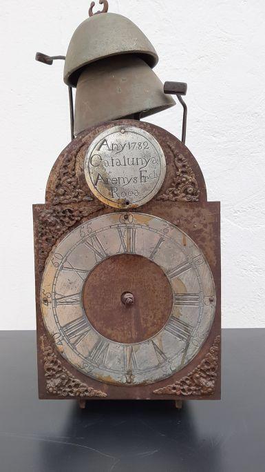Rellotge de la família Roca, Arenys de Munt. Museu d'Arenys de Mar, núm. de registre 2745. Fotografia d'Irene Masriera.