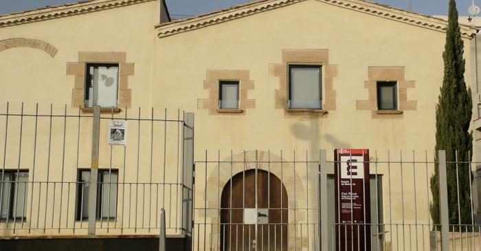 <p>Can Riera (segle XVII) &eacute;s un centre d&rsquo;interpretaci&oacute;, documentaci&oacute; i recursos pedag&ograve;gics especialitzat en la mem&ograve;ria democr&agrave;tica del per&iacute;ode 1931-1980</p>