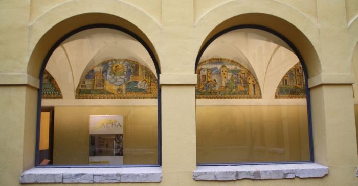 <p>Claustre del convent de Sant Francesc des del pati. Foto: Museu de Terrassa</p>