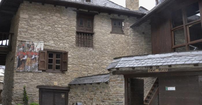 <p>La Casa Gassia, en Esterri d&rsquo;&Agrave;neu, es la sede del ecomuseo.</p>