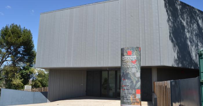 <p>Exterior del museo y poblado &iacute;bero de Ca n'Oliver</p>