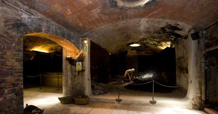 <p>Espace des charbonni&egrave;res de l&rsquo;ancienne usine textile</p>