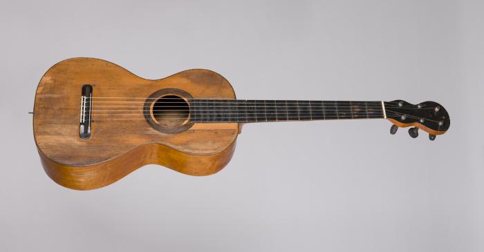<p>Guitar MDMB 12157&nbsp;&copy; Eduard Selva</p>