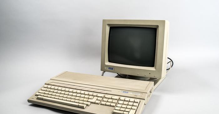 <p>Ordenador Atari 1987 (Corea) MDMB 1519&nbsp;CC-BY Sara Guastev&iacute;</p>