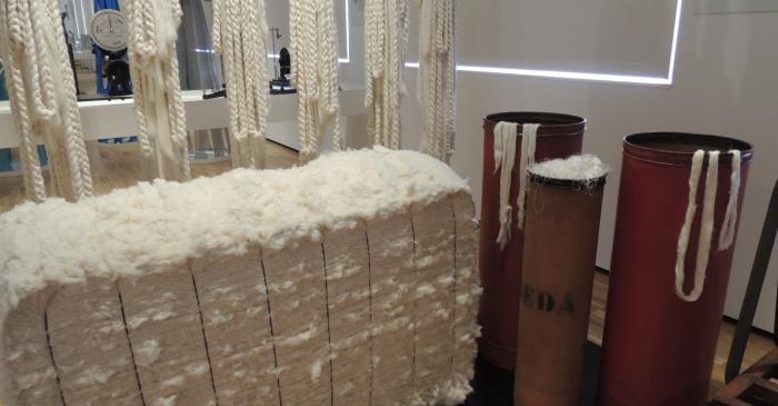 <p><strong>Bots de fibres</strong></p> <p>1900-1930</p> <p>Matar&oacute;</p> <p>Foto: Museu de Matar&oacute;</p>