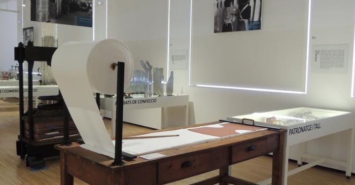 <p><strong>Cortador</strong></p> <p>1950</p> <p>G&eacute;neros de Punto Agust&iacute;, S.L.</p> <p>Matar&oacute;</p> <p>Foto: Museu de Matar&oacute;</p>