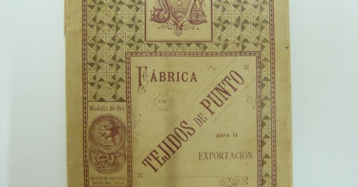 <p><strong>Llibre d&rsquo;exportaci&oacute; de teixits de punt</strong></p> <p>1889</p> <p>F&agrave;brica Sobrino de Antonio Reg&agrave;s</p> <p>Matar&oacute;</p> <p>Foto: Museu de Matar&oacute;</p>