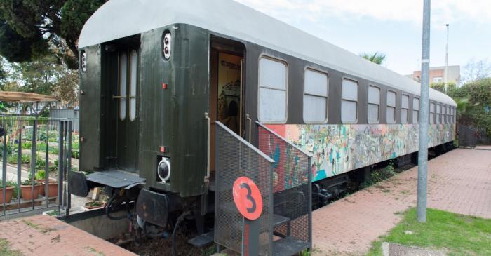 <p><em>Wagon du Sevillano, </em>1956, Collection Mus&eacute;e d&rsquo;histoire de l&rsquo;immigration de Catalogne.</p>