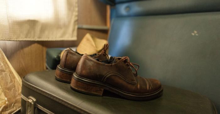 <p><em>Chaussures, </em>Collection Mus&eacute;e d&rsquo;histoire de l&rsquo;immigration de Catalogne.</p>