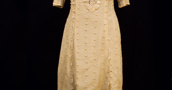 <p>Vestit de seda de 1910-1914. Museu d&rsquo;Arenys de Mar, n&uacute;m. de registre 600. Fotografia d&rsquo;Irene Masriera.</p>