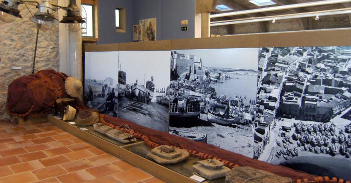<p>Vistas del antiguo puerto de L&rsquo;Escala, situado en el centro del pueblo, en la playa de las Barcas.</p>