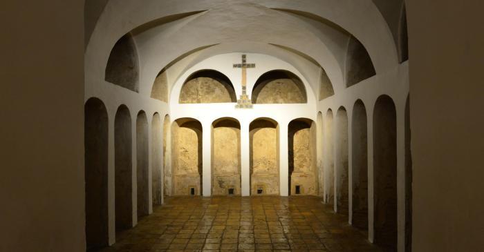 <p>El cementerio o secador del antiguo convento de frailes capuchinos de San Antonio, del siglo XVIII. Fotograf&iacute;a de Kim Peravalsky.</p>