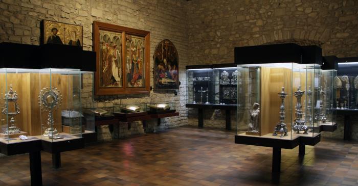 <p>Peu de foto: Fons: Cap&iacute;tol de la Catedral de Girona. Autor: Gustavo A.T. Mendoza.</p>