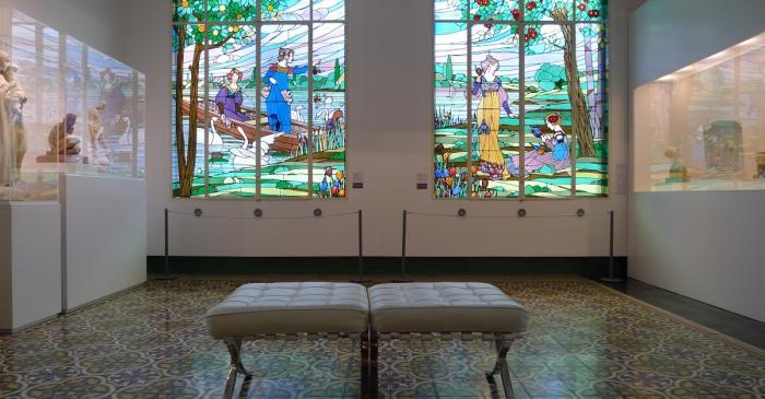 <p>Vista parcial de la Sala Modernista. &copy; Orlando Barrial</p>