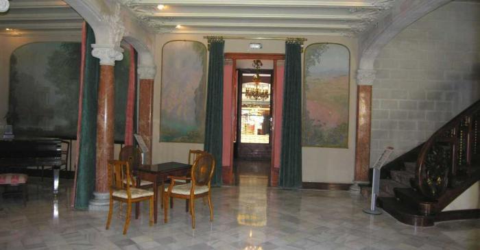 <p>Sal&oacute; de la Casa Alegre de Sagrera. Foto: Museu de Terrassa</p>