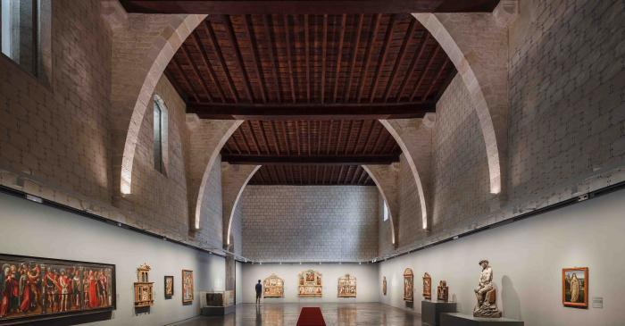 <p>Dormitory and the &lsquo;Convent treasures&rsquo; exhibition</p>