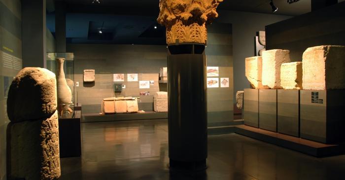 "<p><strong><span style=""font-weight: 400;"">Interior d&rsquo;un dels &agrave;mbits del museu dedicats a l&rsquo;&egrave;poca romana.</span></strong></p>"