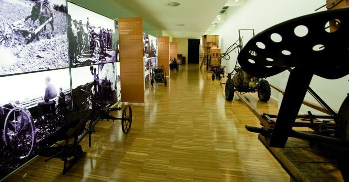 "<p><strong><span style=""font-weight: 400;"">Sala de la mecanitzaci&oacute;</span></strong></p>"