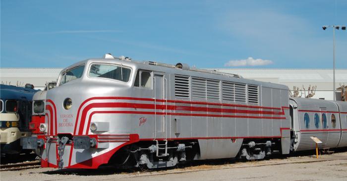 <p>Talgo II Locomotive</p>