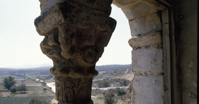 <p>La torre fue construida en el siglo XIV en un lugar estrat&eacute;gico.</p>