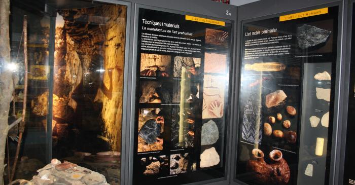 """<p><strong><span style=""""font-weight: 400;"""">Les coves i els abrics foren els primers refugis que utilitzaren els humans</span></strong>.</p>"""