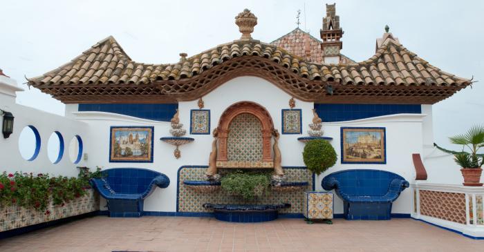 <p>Terrazas del Palacio de Maricel</p>
