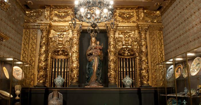 <p>La Sala Capilla del Palacio de Maricel</p>