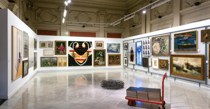 Àmit 1.  Sala d'exposicions de la 1a planta de l'Edifici Casino