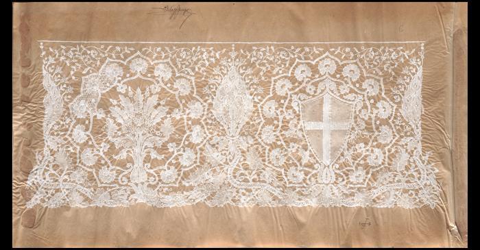 <p>Design by Mari&agrave; Castells for the altar cloths of Chapel of Sant Jordi. Photo: David Casta&ntilde;eda.</p>