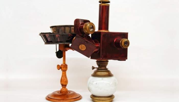 <p>Praxinoscopi de projecci&oacute;. &Eacute;mile Reynaud (1882). Foto: MdC.</p>