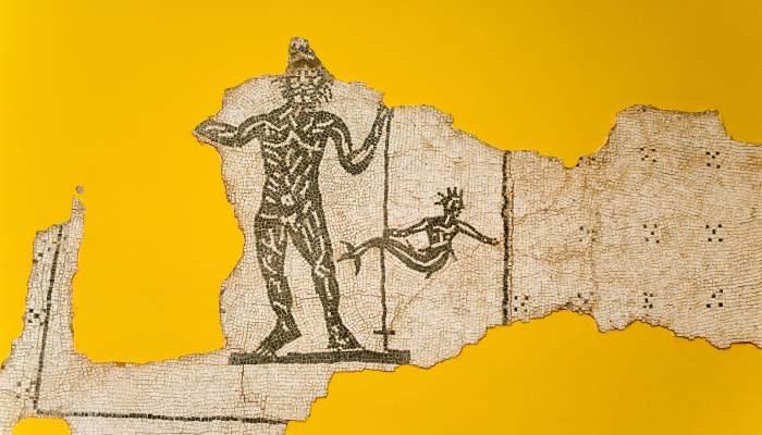 <p>Mosa&iuml;que d&eacute;couverte dans la villa romaine de la Salut, dat&eacute;e d&rsquo;entre le ii et le iiie si&egrave;cles</p>