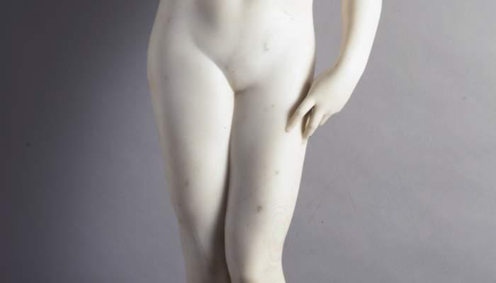 <p><em>La bellesa</em>, Josep Llimona, 1924, marbre, 120 × 32 × 35 cm. Donació J. Sala Ardiz</p>