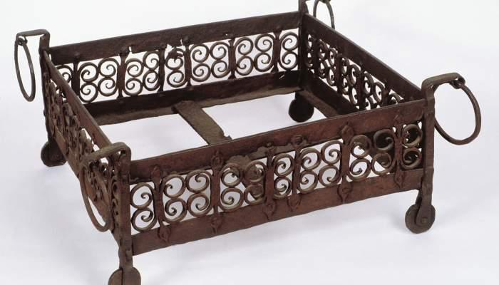 <p>Wrought-iron brazier, 14th century.</p>