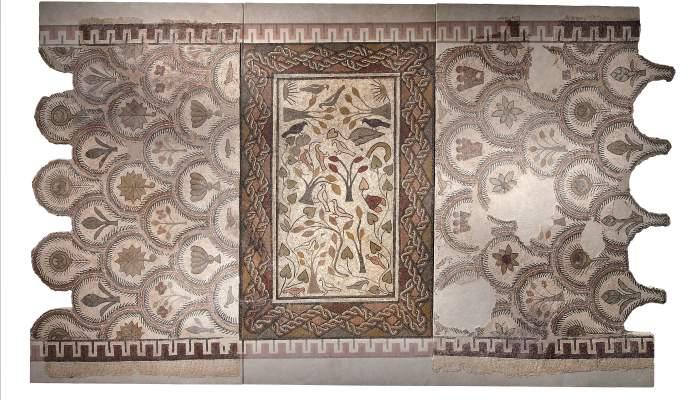 <p>Mosaico que originalmente embellec&iacute;a la villa romana del Romeral (Albesa)</p>