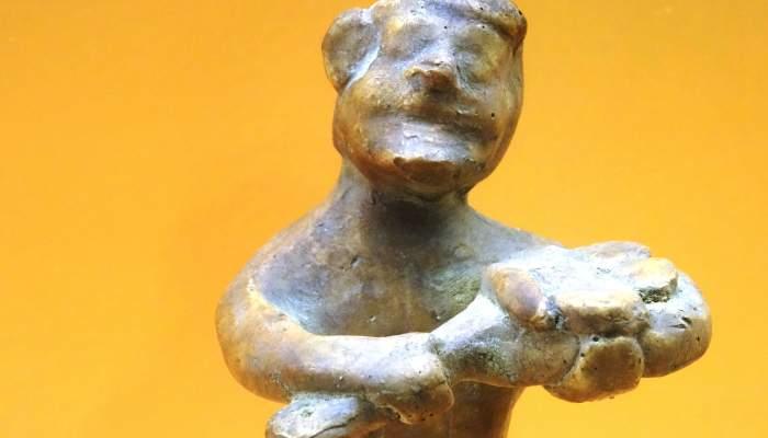 <p>Reproducci&oacute; de figureta de terracota representant l&rsquo;ofici de forner. L&rsquo;original &eacute;s al Museu d&rsquo;Arqueologia de Catalunya &ndash; Emp&uacute;ries. Foto: &copy; MJC</p>