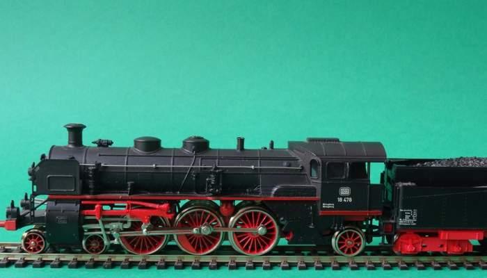 <p>Miniatura de locomotora de vapor fabricada el 1972 per la reputada M&auml;rklin. Foto: &copy; MJC</p>