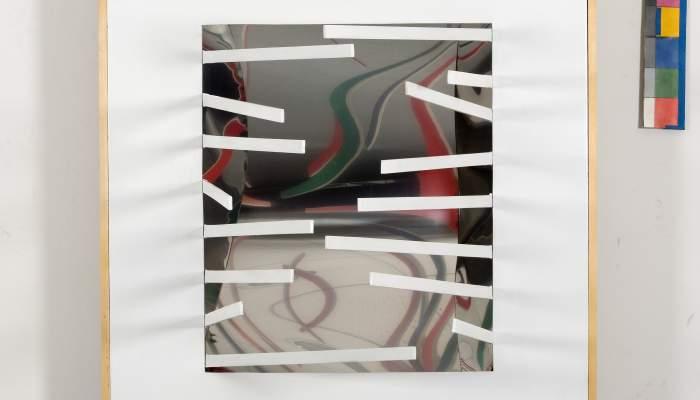 "<p><em><span style=""font-weight: 400;"">Espai 7</span></em><span style=""font-weight: 400;"">, 1967, acer, laminat, fusta, fusta m&ograve;bil pintada i miralls guerxos, 103 &times; 88,5 &times; 17,5 cm</span></p> <p>&nbsp;</p>"
