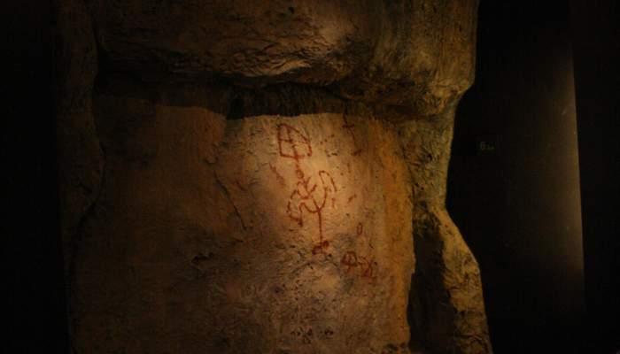 """<p><strong><span style=""""font-weight: 400;"""">Aquesta figura antropom&ograve;rfica constitueix una de les figures esquem&agrave;tiques m&eacute;s grans de Catalunya</span></strong>.</p>"""