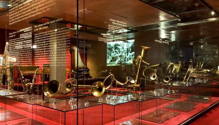<p>Els aven&ccedil;os tecnol&ograve;gics es van fer sentir en els instruments de metall, que van guanyar en diversitat i cromatisme. &copy; Rafael Vargas</p>