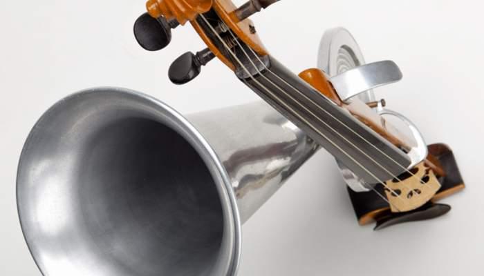 <p>Viol&iacute; de botzina. Compagnie&nbsp;Fran&ccedil;aise du Gramophone, c. 1900. &copy; Rafael Vargas</p>