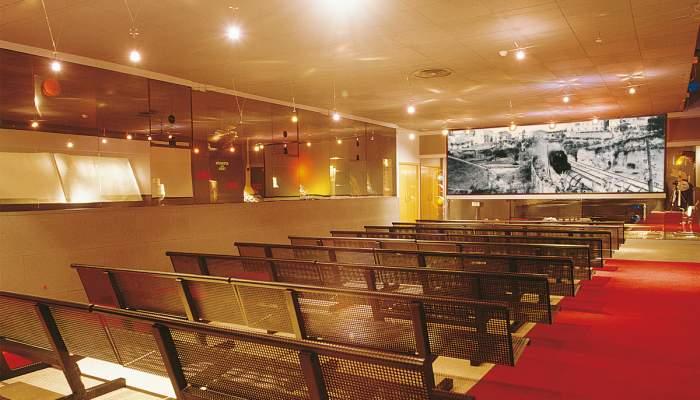 <p>Audiovisual room</p>
