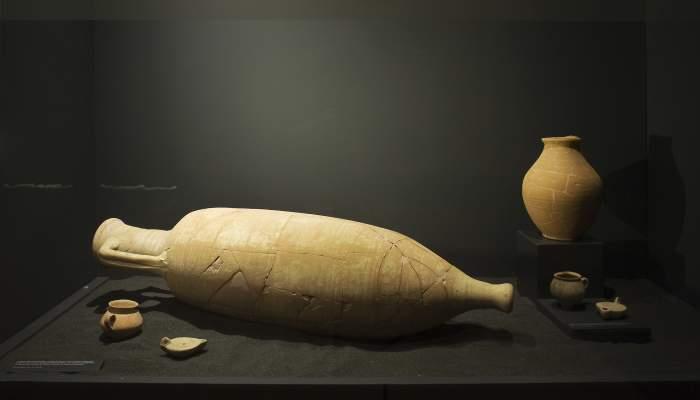 <p>The Mas del Hierro 2 grave goods from the La Carrova villa (Amposta).</p>
