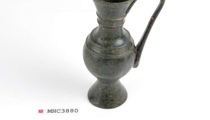 <p>Gerreta lit&uacute;rgica, 713-717, bronze. &copy; de la fotografia: Museu d&rsquo;Hist&ograve;ria de Catalunya</p>