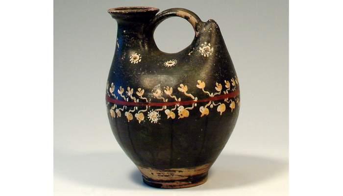 <p><em>Askos</em>, cultura griega, siglo&nbsp;IV&nbsp;a. C., 22,5&nbsp;&times;&nbsp;18,5&nbsp;cm, Campania (Italia)</p>